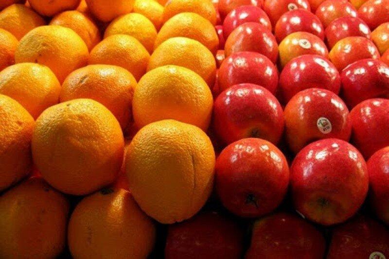کمبود میوه تنظیم بازار در استان نداریم