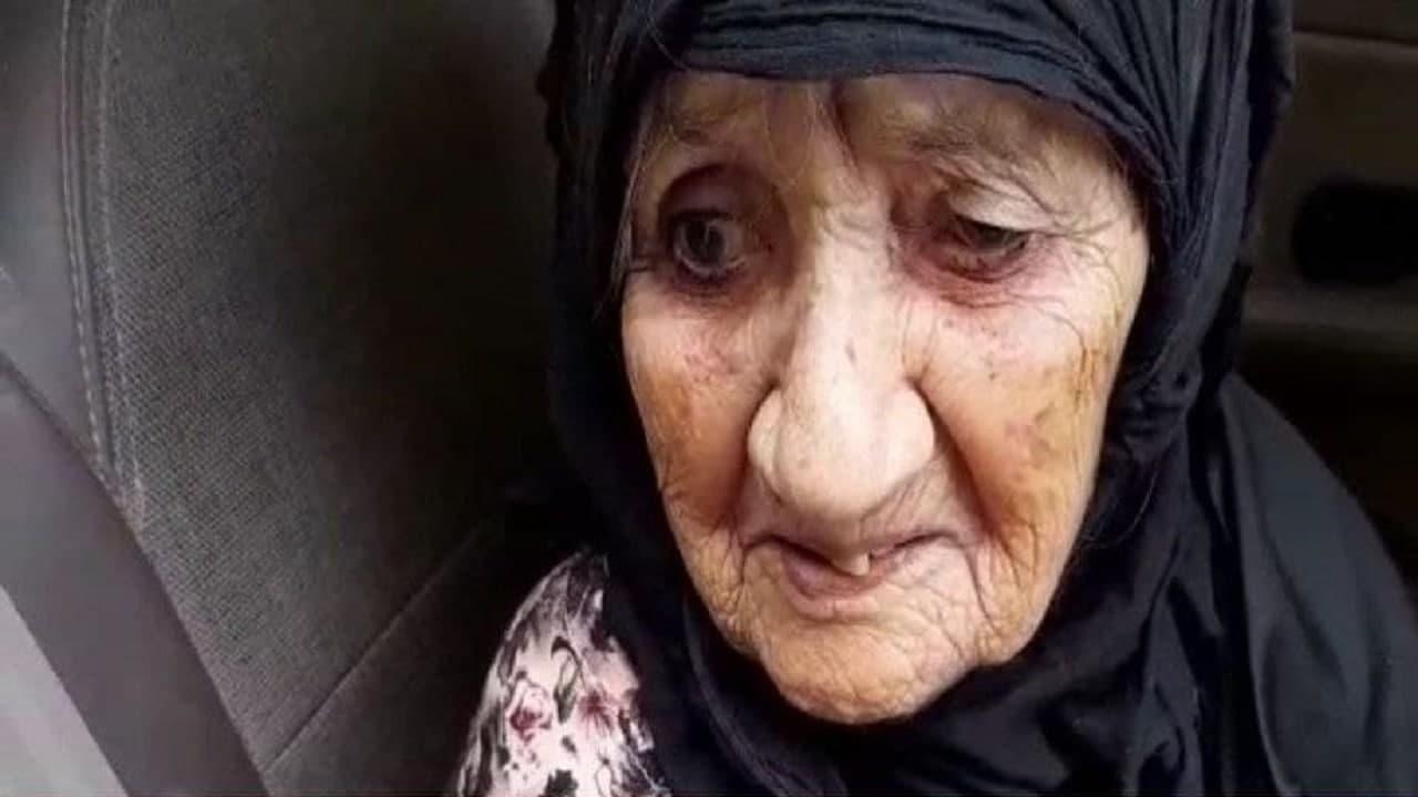 پیرزن ۱۱۲ ساله عسلویهای واکسن کرونا دریافت کرد